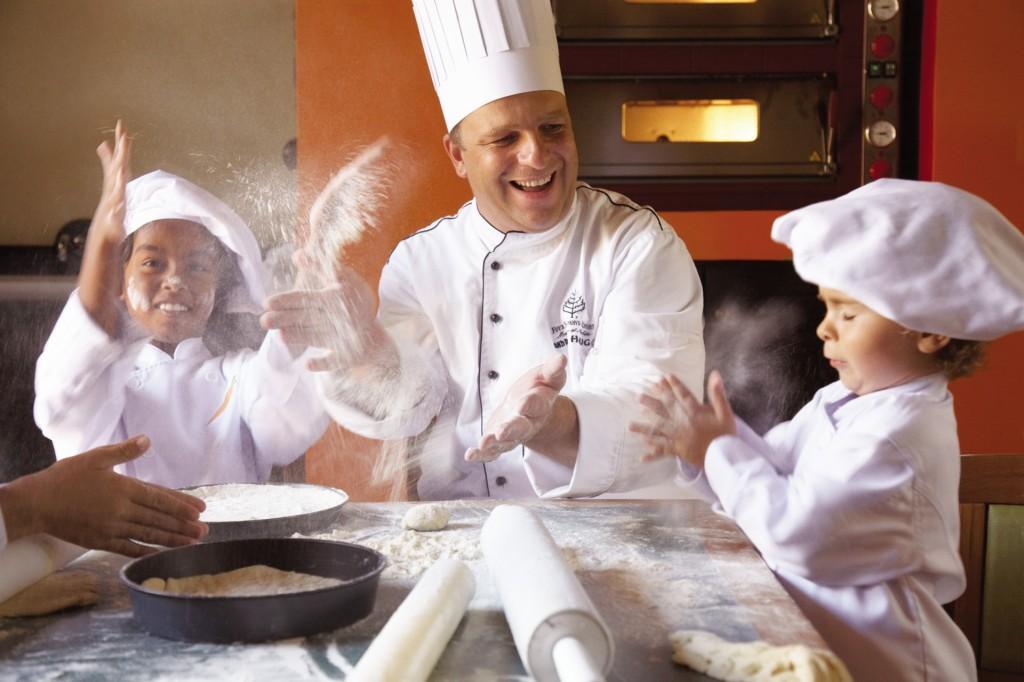 Four Seasons MRU - Kids Cooking