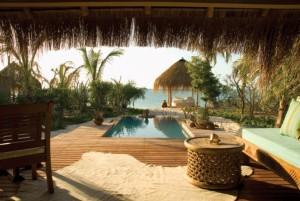 villa-view-over-plunge-pool-azura-small-medium