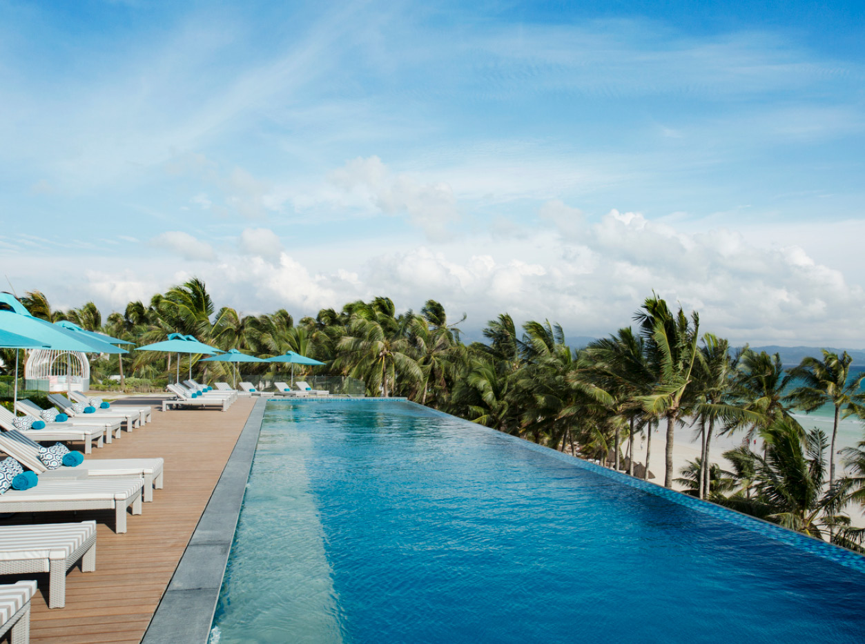 The Lind Boracay, inifity pool