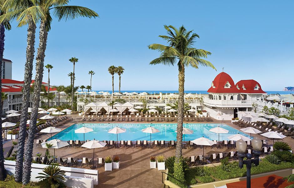 Hotel-del-Coronado-pool-family-road-trip-california