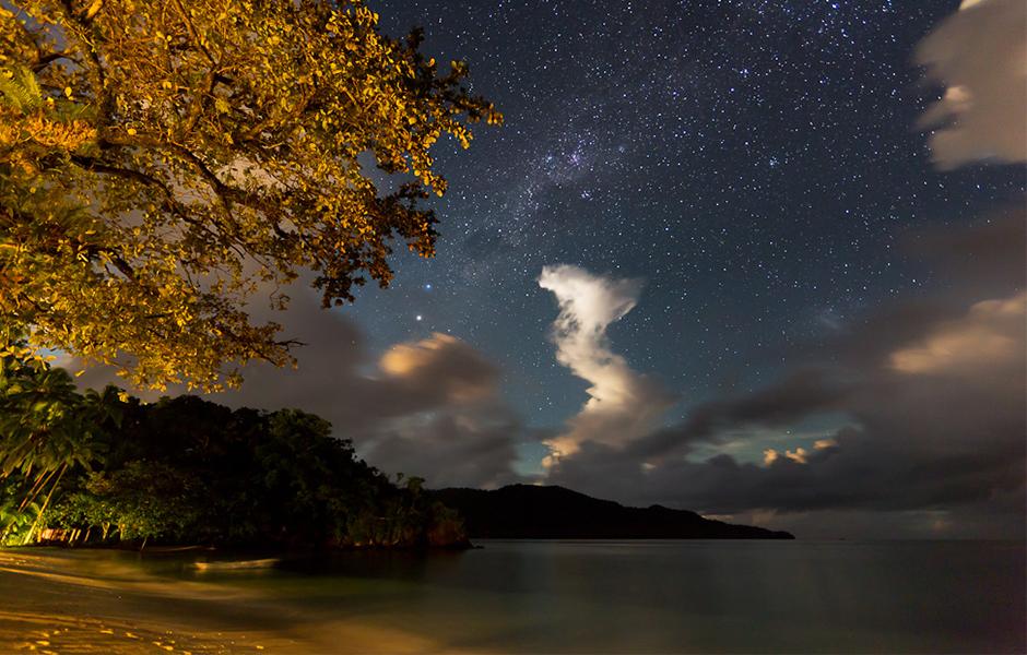 qamea-night-sky