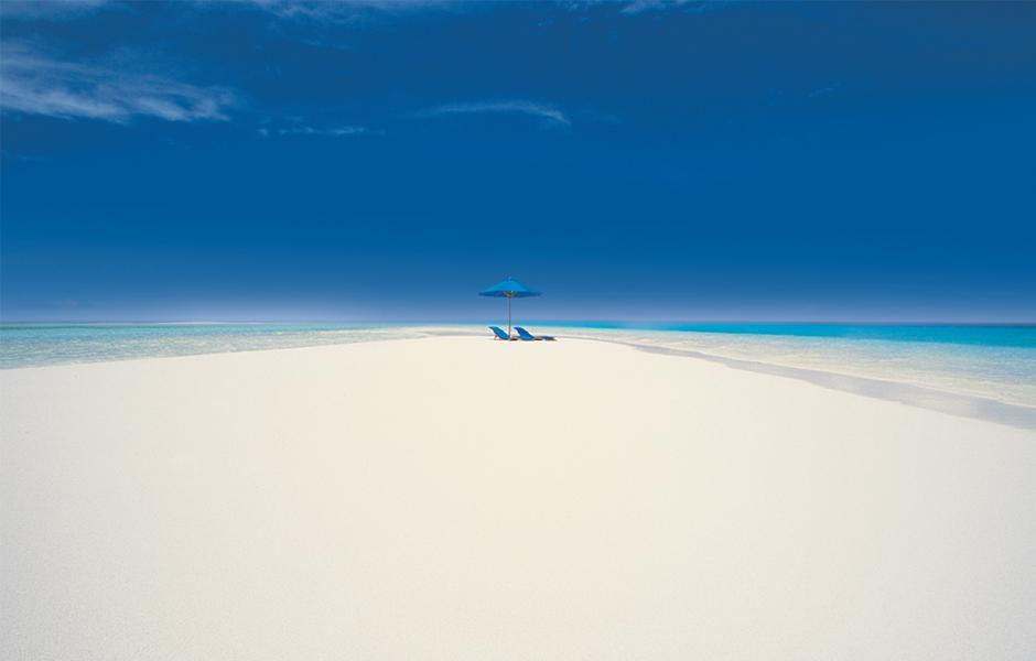 royal-davu-fiji-beach