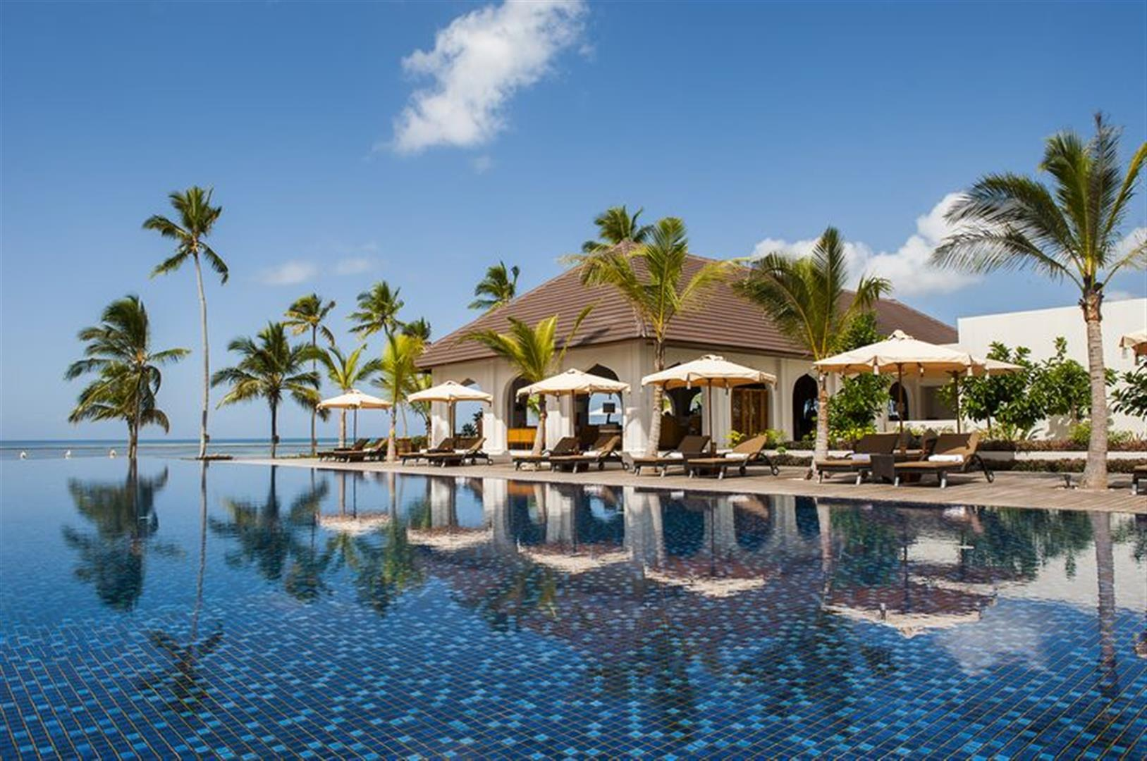 top two honeymoon resorts. Black Bedroom Furniture Sets. Home Design Ideas