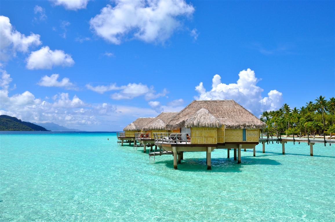 Tahaa Overwater Bungalow 1 Medium Luxury Travel Blog: overwater bungalows fiji