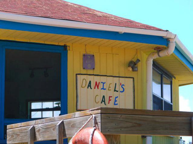 Daniels-Cafe22