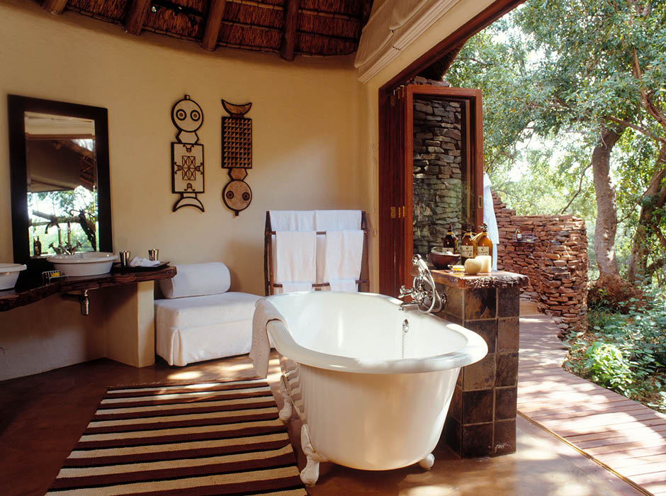 Makanyane safari bathroom madikwe game reserve room