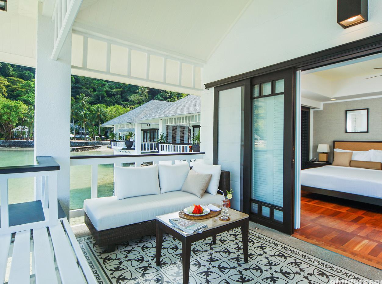 lagen-island-water-cottage-veranda-holiday-in-the-philipinnes