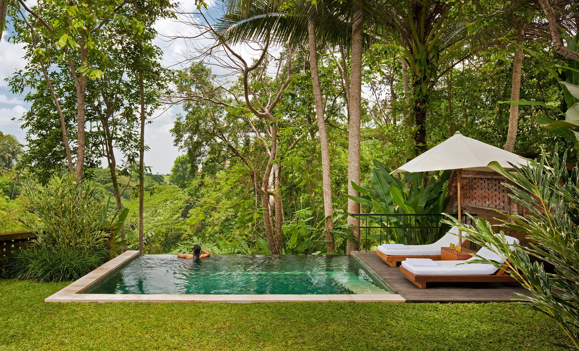 uma-ubud bali pool villas