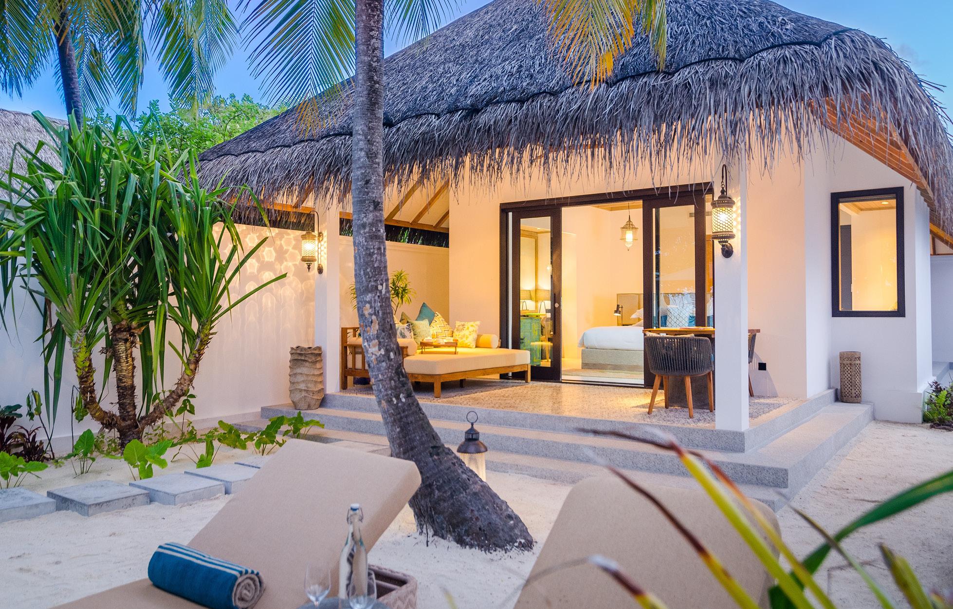 finolhu-maldives-beach-villa