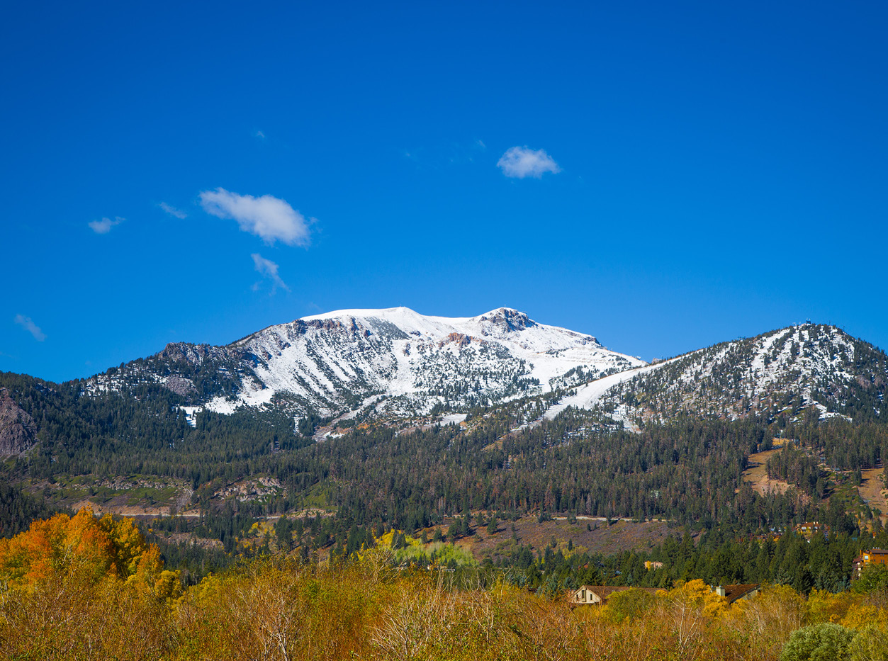 mammoth lake snow peaked mountain