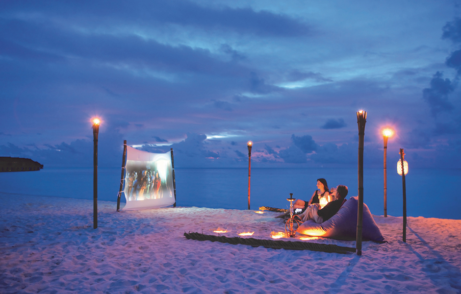 constance moofushi maldives beach cinema