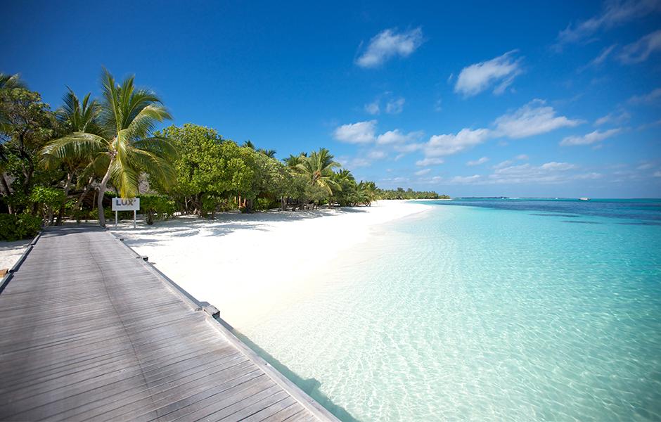 lux south ari atol