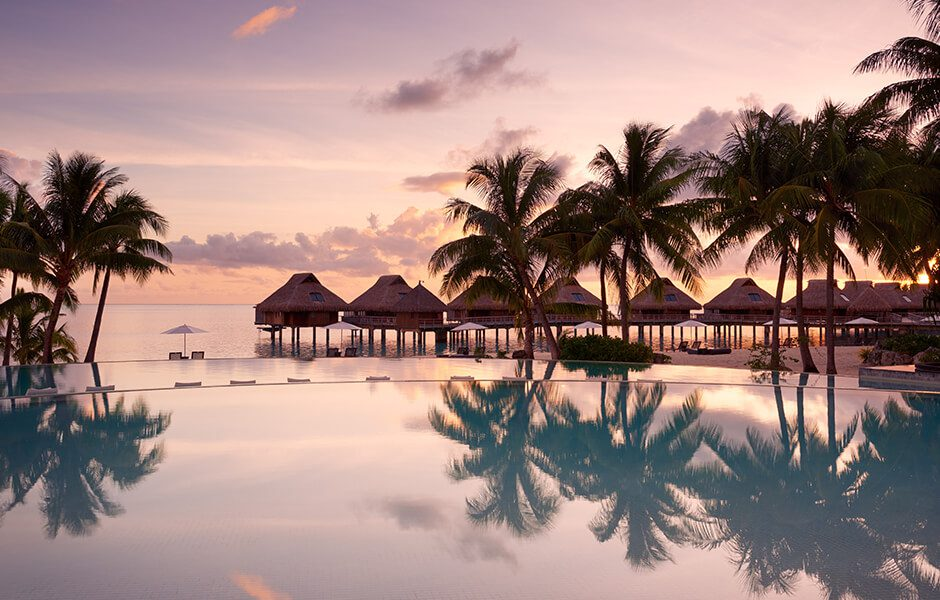 Conrad Bora Bora Nui Sunset Pool