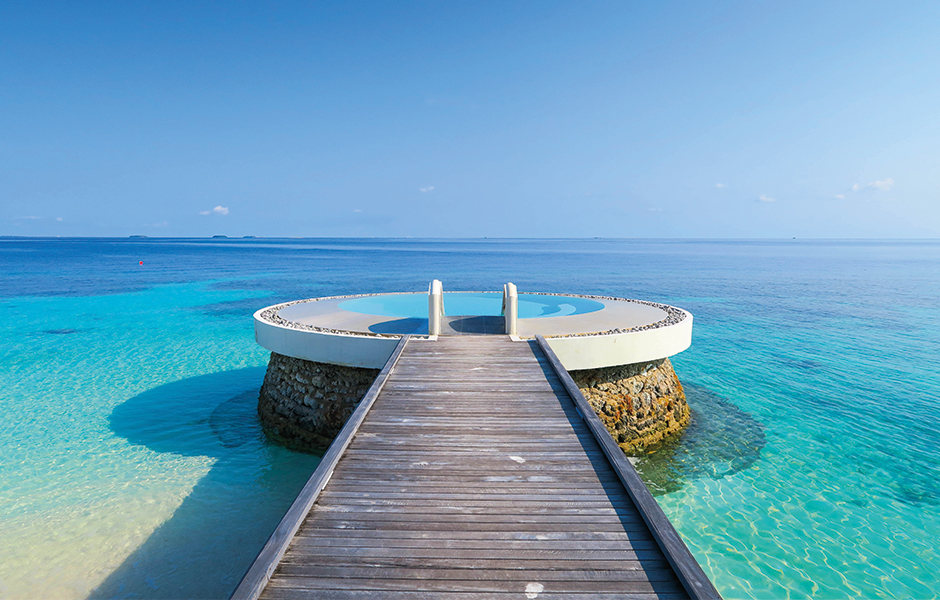 maldives turquoise waters